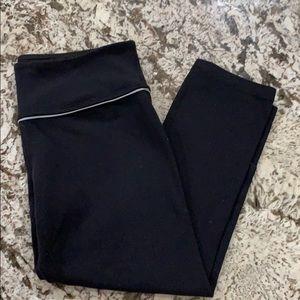 Size 8 lulu lemon black crops